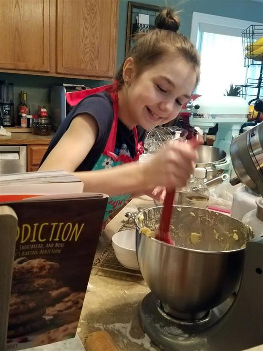 Dakota Wilcox, 11, baked and sold sugar cookie bars to raise more than $600 for her little brother's special education preschool program.