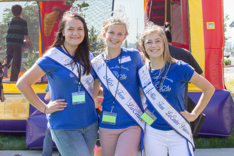 The Miss Teen La Center Court volunteered at the Bash (Pictured from left: Danielle Gawronski, Sara Baldwin, and Keira Crocker)